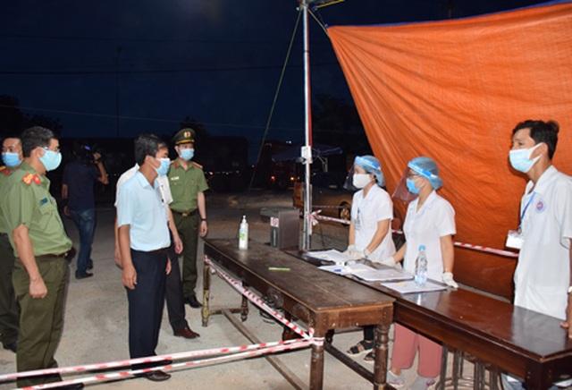 Thừa Thiên Huế không tiếp nhận công dân 5 vùng có dịch Covid-19 - 3