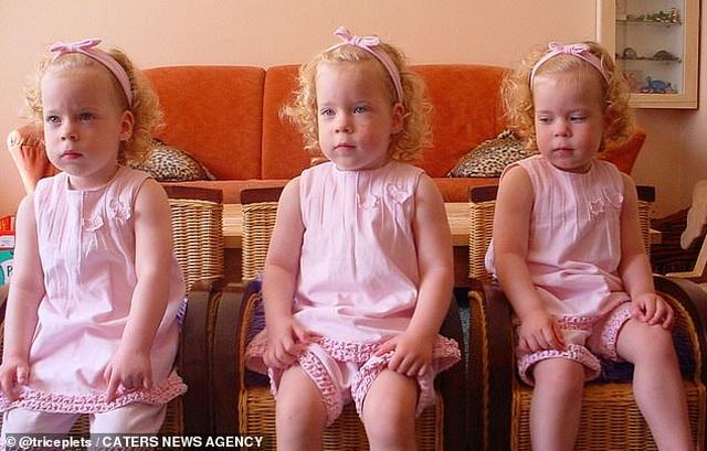 Cuộc sống kỳ lạ của ba chị em giống hệt nhau - 2