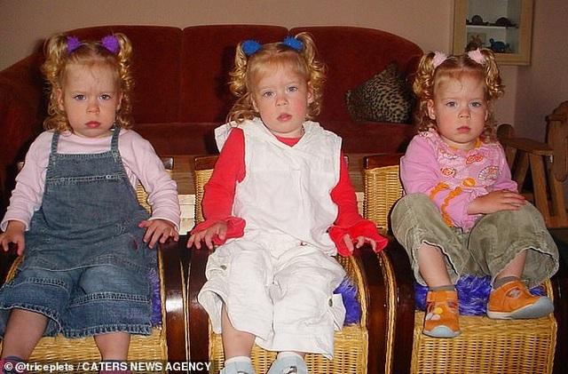 Cuộc sống kỳ lạ của ba chị em giống hệt nhau - 4