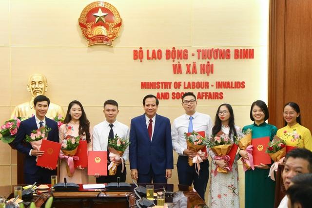 """Bộ trưởng Đào Ngọc Dung: """"Đã chọn được những người xứng đáng nhất"""" - 1"""
