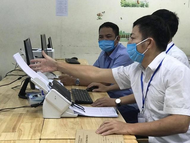 Bình Thuận: Dự kiến hoàn thành chấm thi tốt nghiệp THPT ngày 20/8 - 1