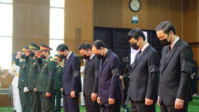 Lễ tang nguyên Tổng Bí thư Lê Khả Phiêu tại quê nhà Thanh Hóa - 3