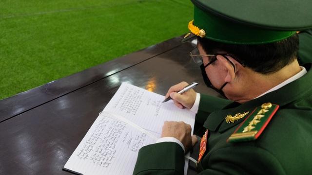 Lễ tang nguyên Tổng Bí thư Lê Khả Phiêu tại quê nhà Thanh Hóa - 6