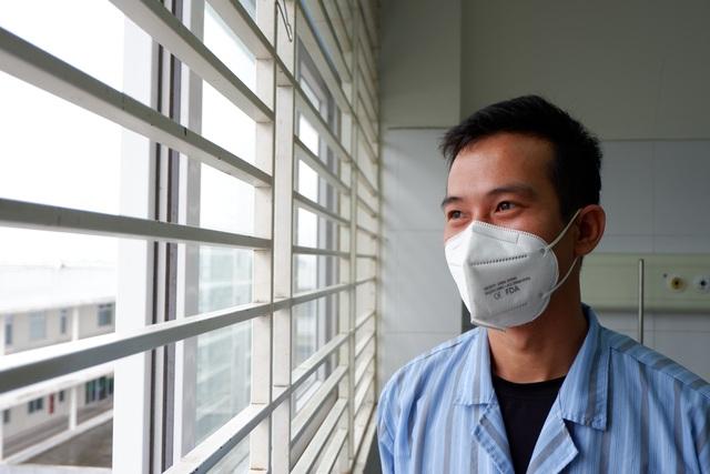 Rưng rưng cảm xúc ngày ra viện của gần 200 công dân về từ Ghi-nê Xích Đạo - 6