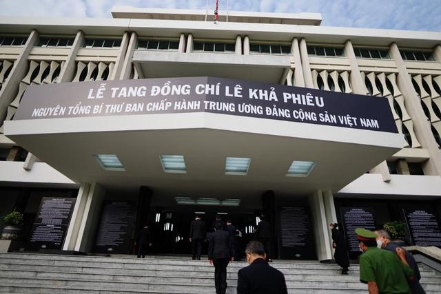 Nhân dân TPHCM tiễn biệt nguyên Tổng Bí thư Lê Khả Phiêu - 1