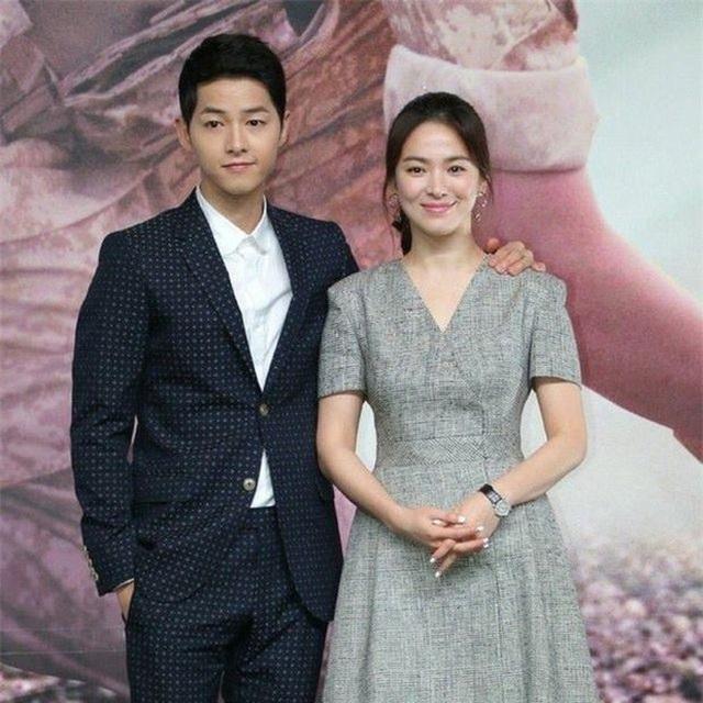 Một năm sau cuộc hôn nhân tan vỡ, Song Hye Kyo luận bàn về tình yêu - 1