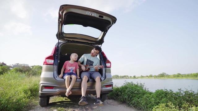 """Lựa chọn ô tô của người đàn ông thấu đáo: """"Thời gian chất lượng và an toàn bên con"""" - 1"""