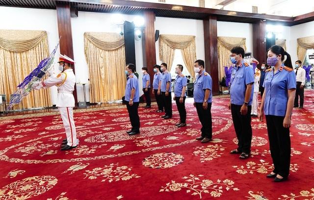 Nhân dân TPHCM tiễn biệt nguyên Tổng Bí thư Lê Khả Phiêu - 8