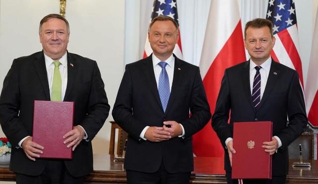 Ngoại trưởng Mỹ gặp Thủ tướng Ba Lan, ký thỏa thuận quốc phòng, bàn về Belarus - 1