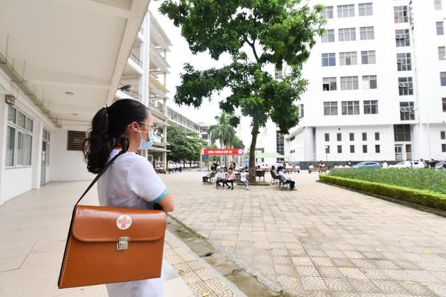 Thí sinh háo hức tham dự Bài kiểm tra tư duy vào trường ĐH Bách khoa Hà Nội - 8