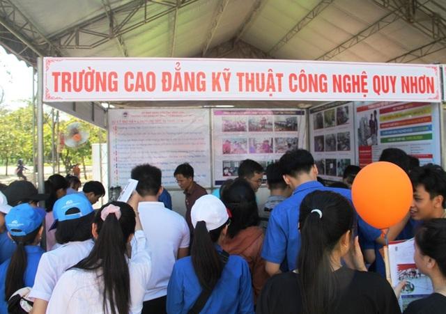 Bình Định: Gắn kết doanh nghiệp trong tổ chức đào tạo nghề - 2