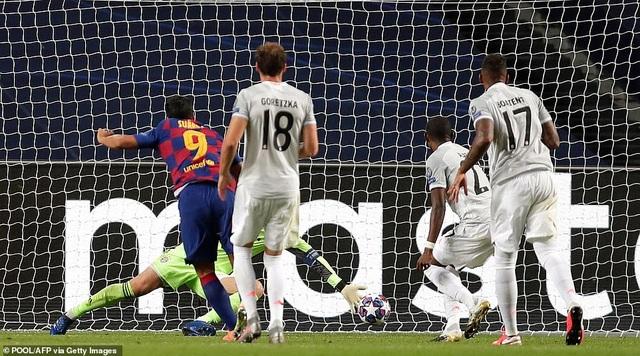 """""""Hủy diệt"""" Barcelona 8-2, Bayern Munich hiên ngang vào bán kết - 7"""