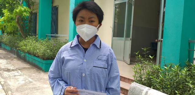 Bệnh nhân mắc Covid-19 ra viện: Các bác sĩ đã chăm sóc tôi rất tận tình - 2