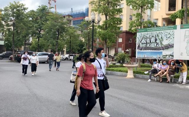 Mẹ liệt sĩ ủng hộ gạo chống dịch Covid-19 vào đề thi Năng khiếu báo chí - 1