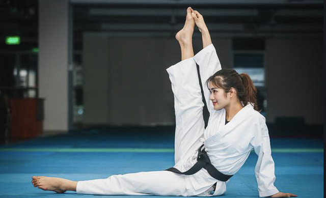 Hot girl 9 năm luyện võ giành 16 HCV, muốn trở thành MC chuyên nghiệp - 4