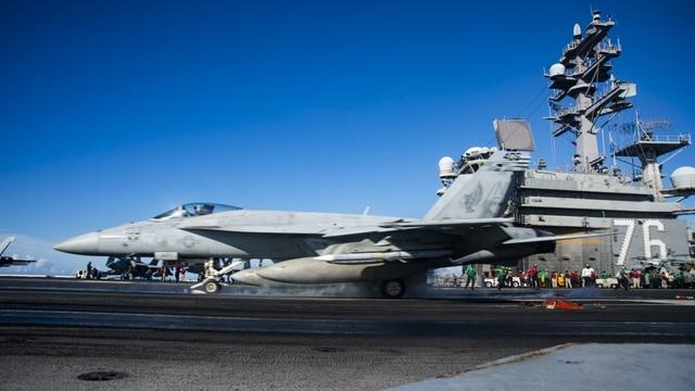 Nhóm tàu sân bay Mỹ diễn tập tại Biển Đông - 1
