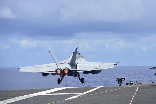 Nhóm tàu sân bay Mỹ diễn tập tại Biển Đông - 7