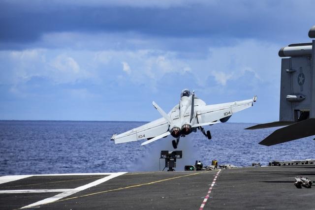 Nhóm tàu sân bay Mỹ diễn tập tại Biển Đông - 8
