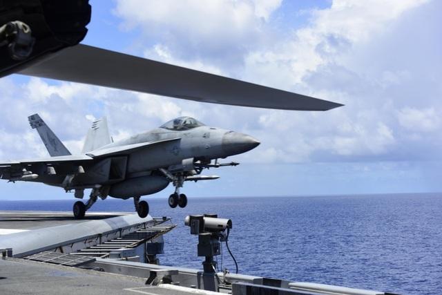 Nhóm tàu sân bay Mỹ diễn tập tại Biển Đông - 9