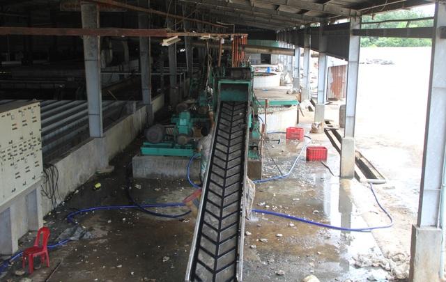 Phú Yên: Dân khổ sở bỏ nhà đi tránh mùi hôi khủng khiếp từ nhà máy cao su - 5