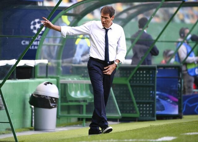 Nhìn lại trận thua đắng ngắt của Man City trước Lyon - 6