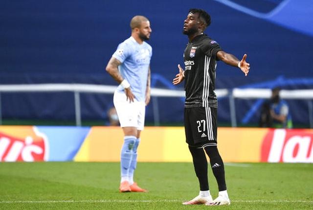 """""""Kép phụ"""" Dembele tỏa sáng giúp Lyon hạ gục Man City - 13"""