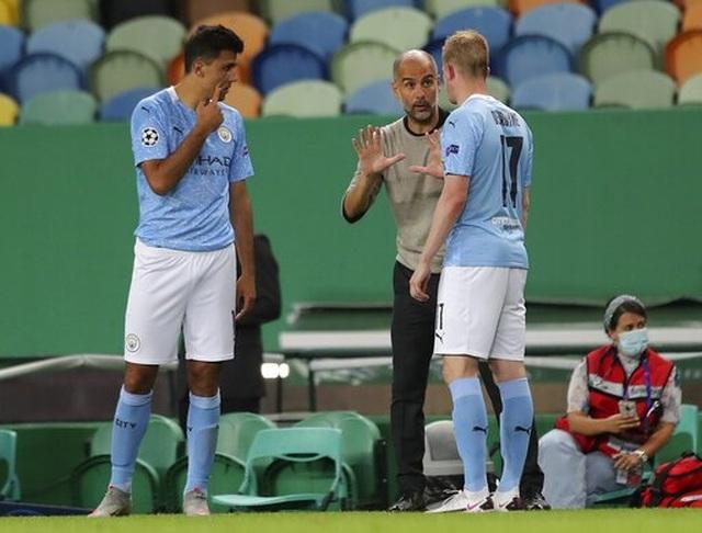 """""""Kép phụ"""" Dembele tỏa sáng giúp Lyon hạ gục Man City - 9"""