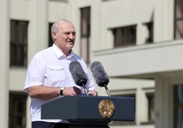 Nga cam kết hỗ trợ quân sự Belarus nếu cần giữa lúc căng thẳng leo thang - 1