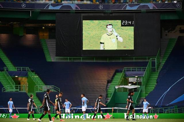 Nhìn lại trận thua đắng ngắt của Man City trước Lyon - 9