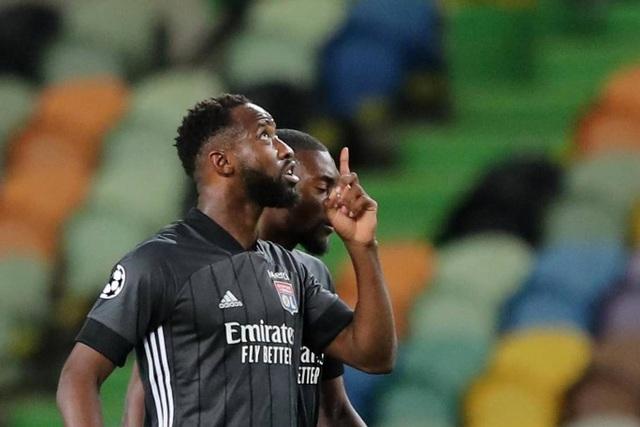 Nhìn lại trận thua đắng ngắt của Man City trước Lyon - 15