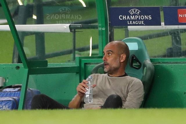 Nhìn lại trận thua đắng ngắt của Man City trước Lyon - 19