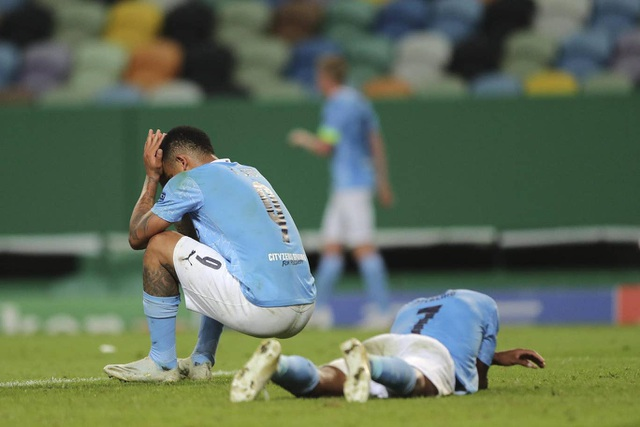 Nhìn lại trận thua đắng ngắt của Man City trước Lyon - 20
