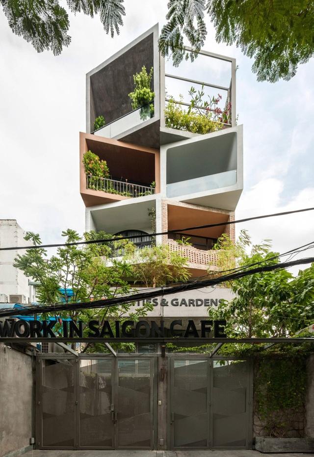 Hai anh em ở Sài Gòn xây biệt thự, lên mỗi tầng như đi du lịch một quốc gia - 1