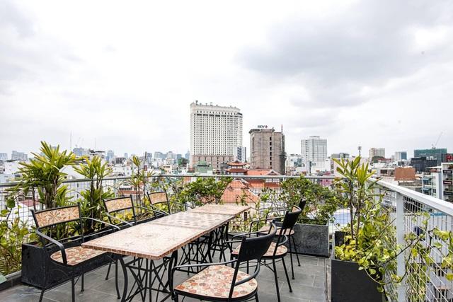 Hai anh em ở Sài Gòn xây biệt thự, lên mỗi tầng như đi du lịch một quốc gia - 14