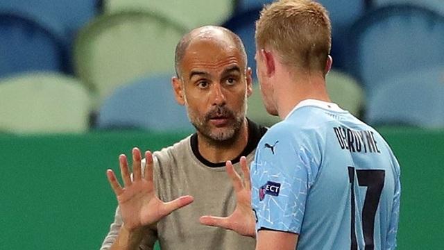 Sức ép khủng khiếp khiến Pep Guardiola đi nước cờ sai? - 2
