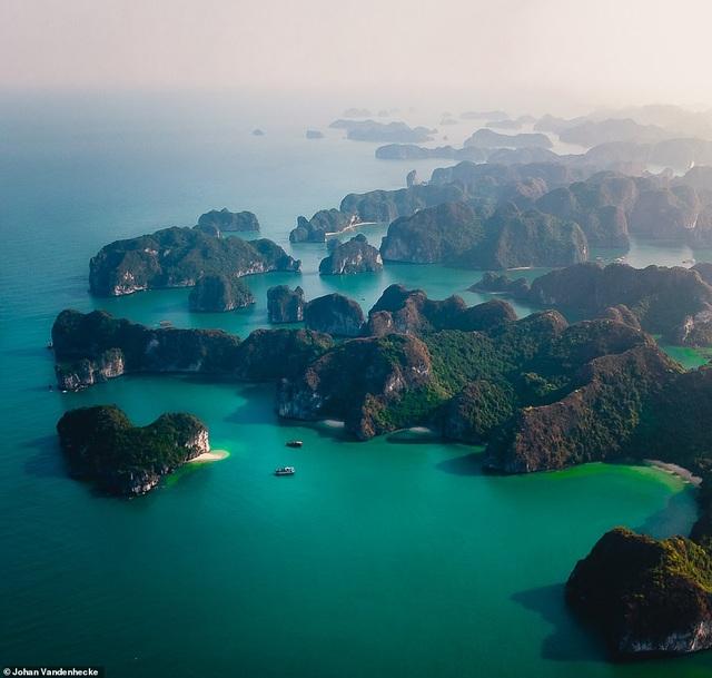 Việt Nam trong vẻ đẹp thế giới nhìn từ trên cao - 1