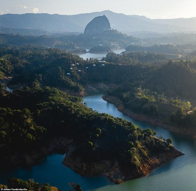 Việt Nam trong vẻ đẹp thế giới nhìn từ trên cao - 6