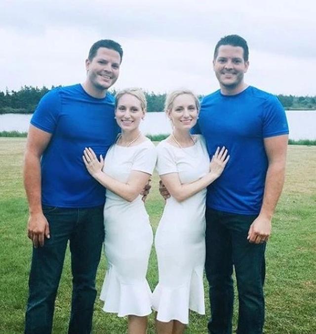 Hy hữu chị em sinh đôi cưới anh em sinh đôi, mang thai cùng thời điểm - 3