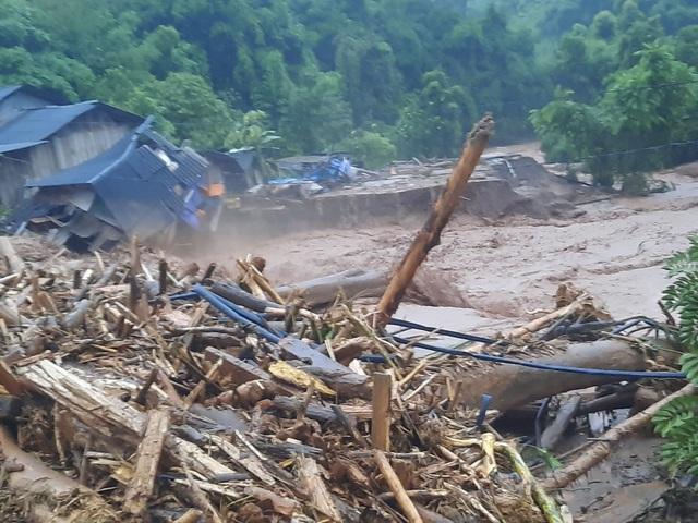 Lũ quét kinh hoàng tại Điện Biên, 3 xã bị cô lập - 2