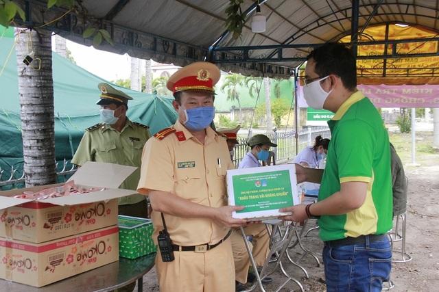 PETROVIETNAM: Chung sức cùng cộng đồng chống dịch - 1