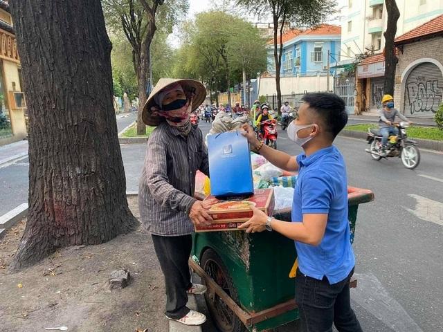 PETROVIETNAM: Chung sức cùng cộng đồng chống dịch - 3
