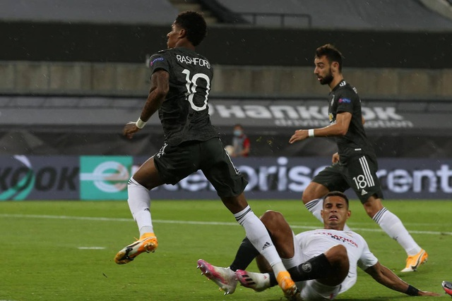 Những khoảnh khắc Man Utd phải ôm hận trước Sevilla - 3