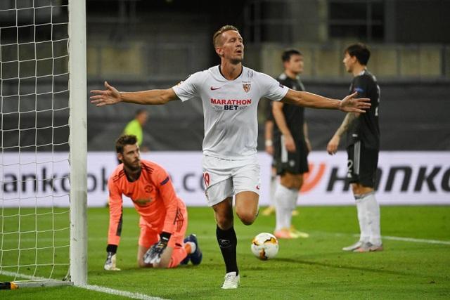 Những khoảnh khắc Man Utd phải ôm hận trước Sevilla - 14