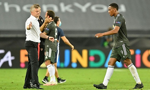 """HLV Solskjaer nói gì khi Man Utd bị """"đá văng"""" khỏi Europa League? - 2"""