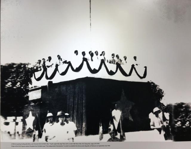 Cách mạng tháng Tám - Mốc son lịch sử qua tư liệu hình ảnh