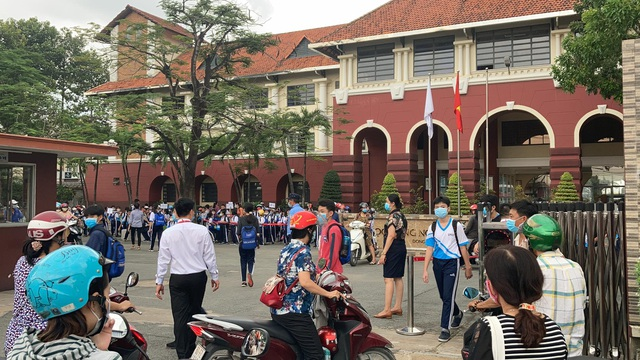Đồng Nai: Bất chấp quy định của tỉnh, 1 trường vẫn huy động học sinh đi học - 1