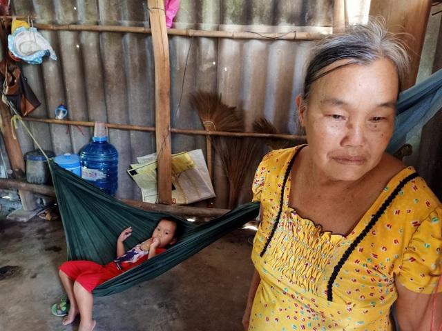 Thương cảnh bà cháu quay quắt trong đói nghèo, ở căn nhà bé như bao diêm - 6