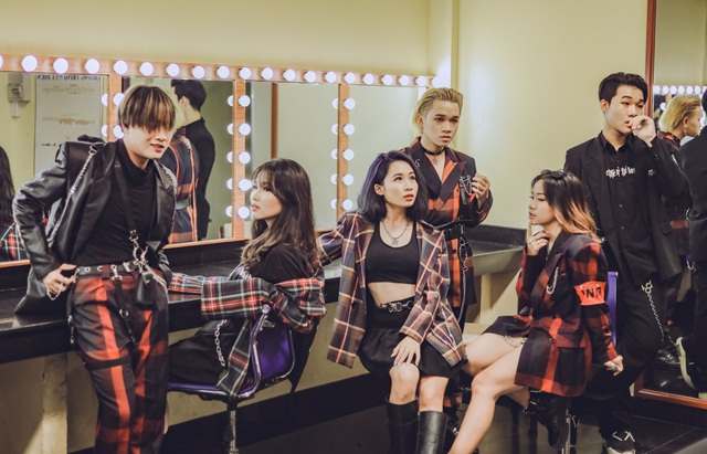 Con gái Mỹ Linh và loạt nghệ sĩ trẻ nỗ lực bứt phá khỏi áp lực sao nhí - 8