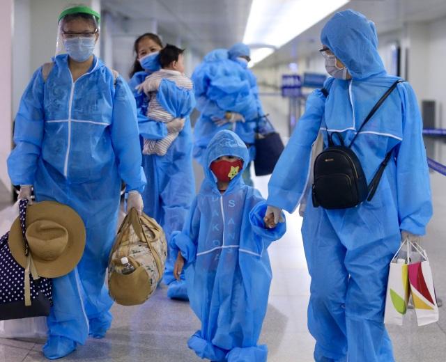 Xét nghiệm Covid-19 người đến từ Hà Nội, Hải Dương, Quảng Nam, Quảng Ngãi - 1