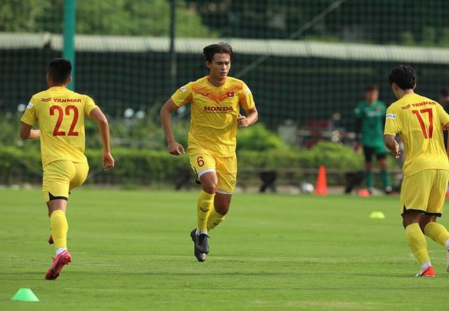 Thời tiết đẹp, U22 Việt Nam tăng tốc luyện công cho SEA Games - 2